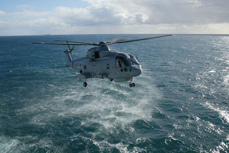 AW101 zwalcza okręty podwodne i sprawdza się w ratownictwie morskim. Taki sprzęt musi kosztować