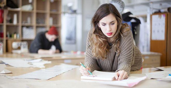 Umowa o pracę tymczasową często zawierana jest na okres wakacji