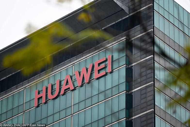 Afera Huawei. Chińska firma pozwała Stany Zjednoczone za zakaz używania swojego sprzętu