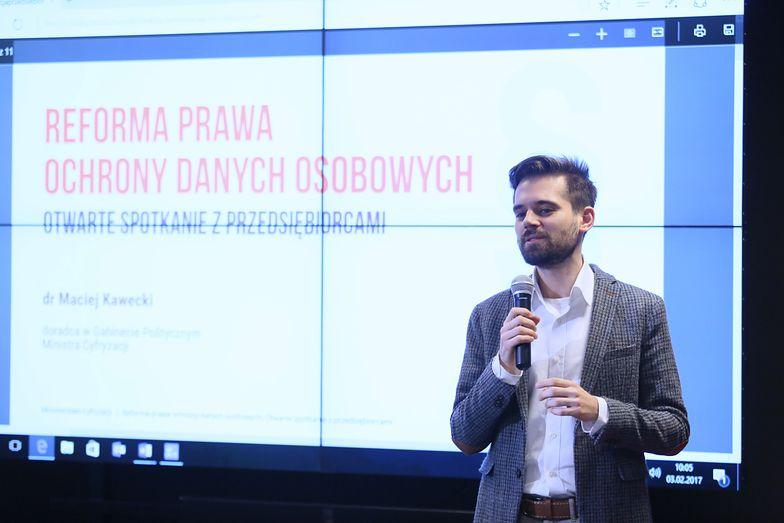 Maciek Kawecki z resortu cyfryzacji zapowiada walkę z wyłudzeniami pożyczek
