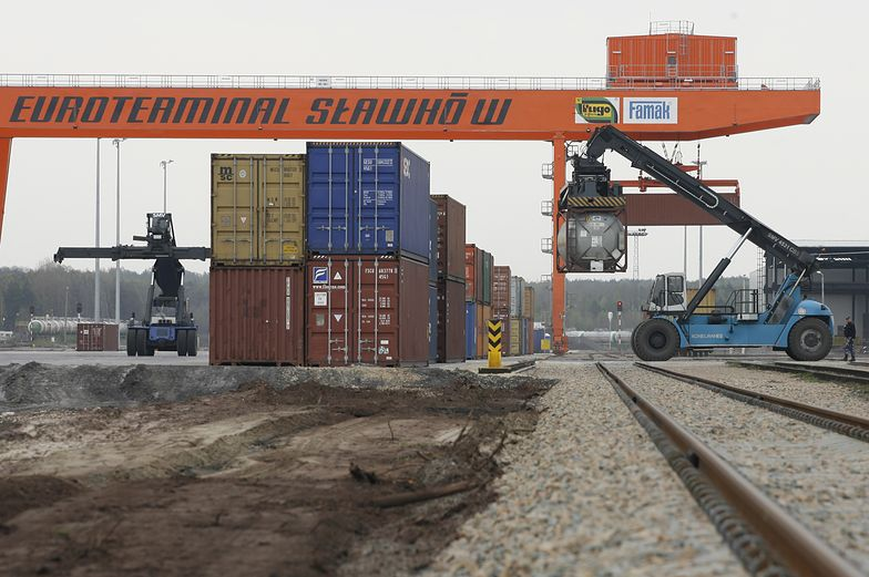 Euroterminal w Sławkowie k. Dąbrowy Górniczej to najdalej wysunięte na zachód Europy miejsce, gdzie sięga wiodący ze Wschodu szeroki tor kolejowy.