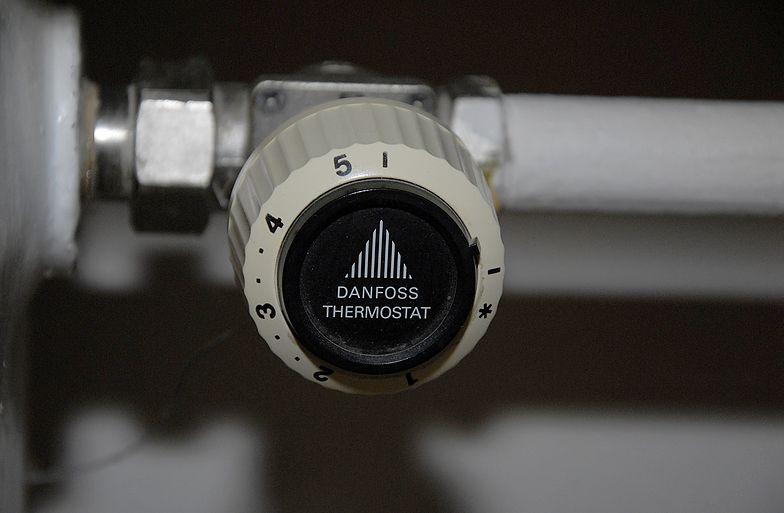 Danfoss znany jest m.in. z produkcji termostatów.
