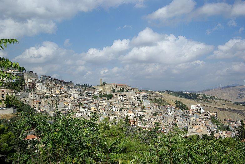 Sycylijskie miasto Cammarata.