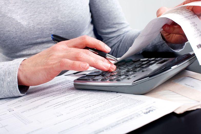 Do wynagrodzenie brutto wliczają się składki ZUS, zaliczki na podatek dochodowy i inne koszty