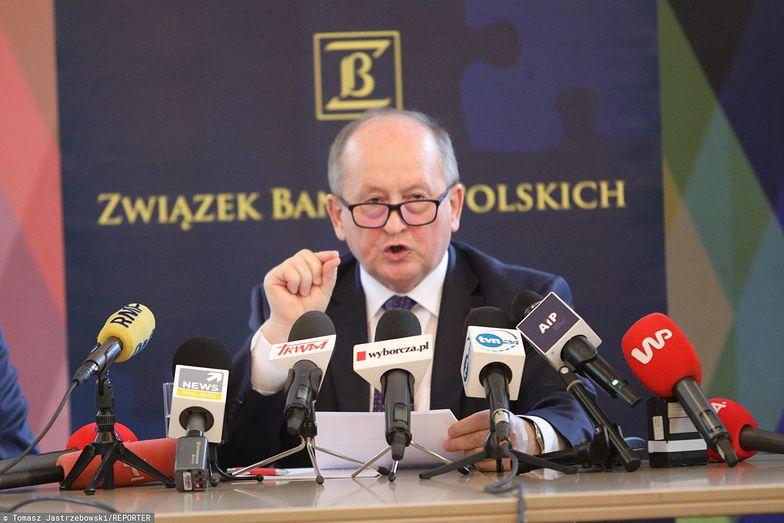 Prezes ZBP Krzysztof Pietraszkiewicz przekonuje, że banki również mają argumenty, którymi posłużą się w sporze z klientami frankowymi
