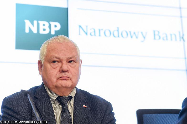 Kwestia pensji w Narodowym Banku Polskim w ostatnich tygodniach jest głośno komentowana w mediach