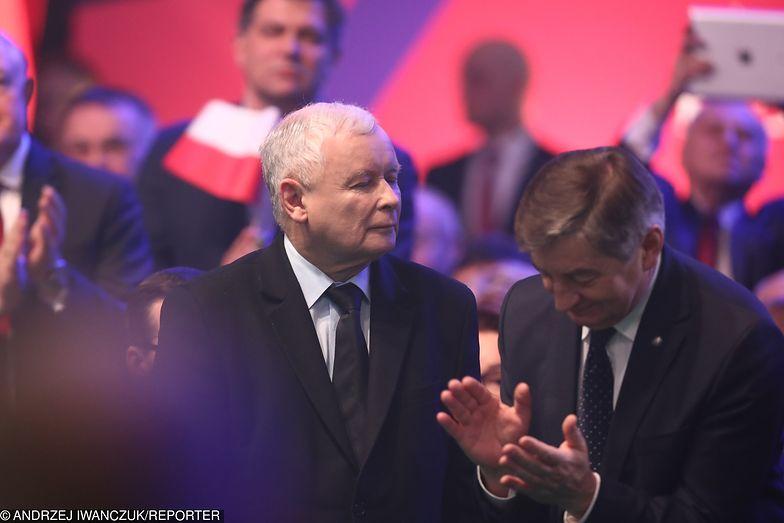 Jarosław Kaczyński ogłosił prawdziwą przedwyborczą niespodziankę - nie mówił o Parlamencie Europejskim, padały za to kolejne obietnice