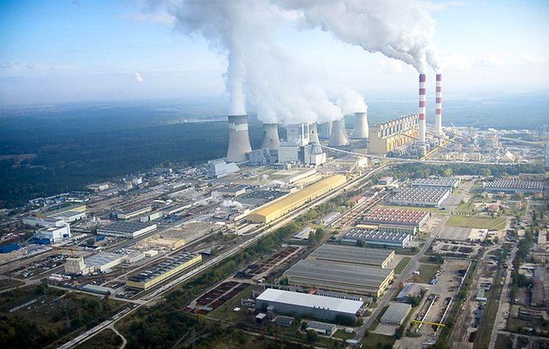 Elektrownia Bełchatów w 2018 r. była największym trucicielem Europy. Wypuściła w ciągu roku do atmosfery tyle dwutlenku węgla ile 6,5 mln samochodów.