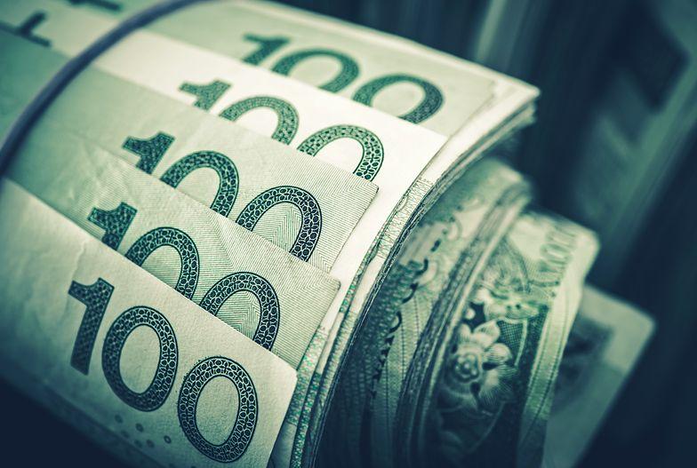 Jak przeliczyć wynagrodzenie brutto na netto?
