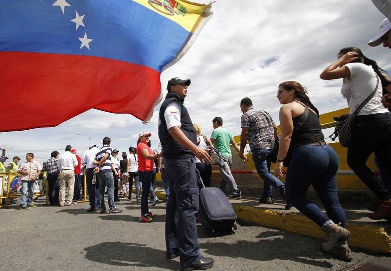 Od stycznia w Wenezueli trwa kryzys polityczny i stan faktycznej dwuwładzy.