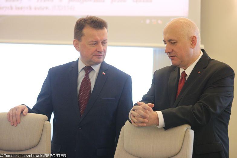 Ministrowie obrony i spraw wewnętrznych muszą w swoich budżetach znaleźć setki milionów złotych na trzynaste emerytury