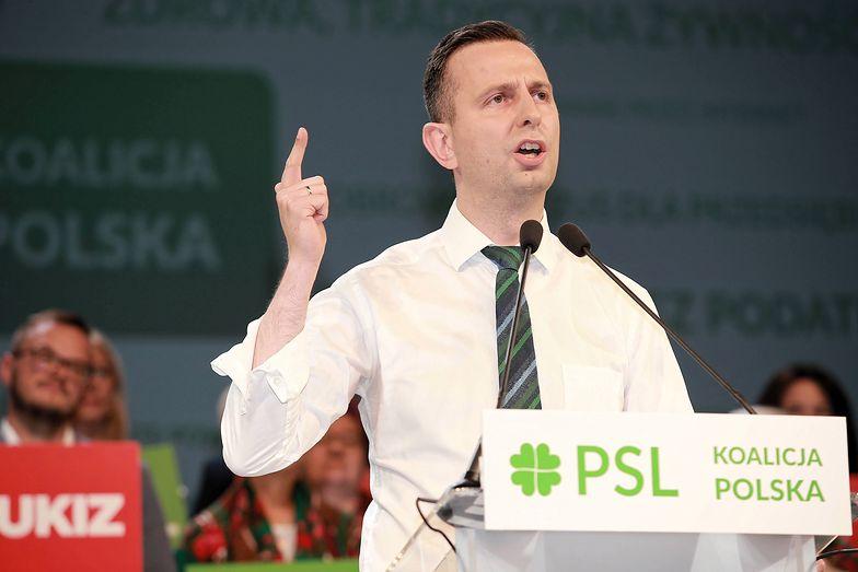 Prezes PSL Władysław Kosiniak-Kamysz przemawia podczas krajowej konwencji wyborczej.
