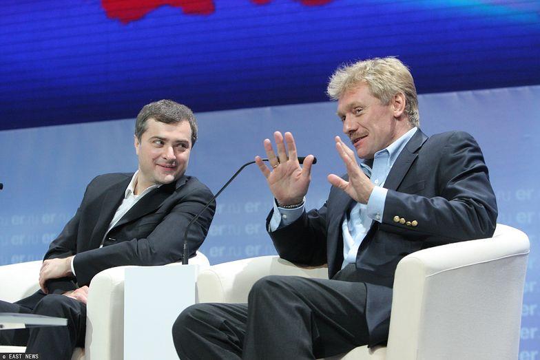Dmitrij Pieskow (z prawej) nie ukrywa, że porozumienie państw OPEC to dla Rosji dobra wiadomość