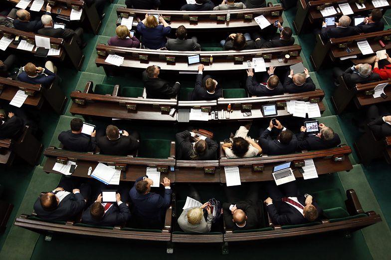 Sejm VIII kadencji nowelizuje na potęgę, co utrudnia życie przedsiębiorcom