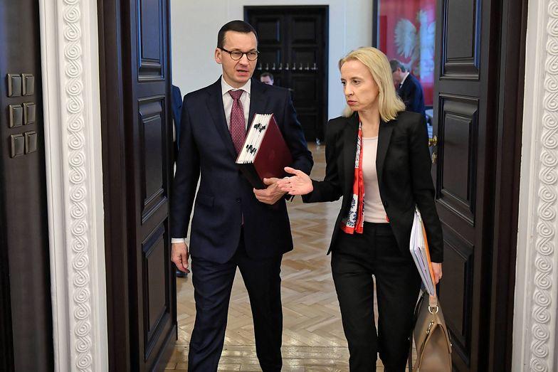 - Wiarygodność naszej polityki fiskalnej wspiera wysoko oceniana przez otoczenie międzynarodowe stabilizująca reguła wydatkowa - mówi Teresa Czerwińska.