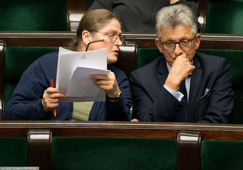 Krystyna Pawłowicz i Stanisław Piotrowicz mają trafić do Trybunału Konstytucyjnego. To intratna praca