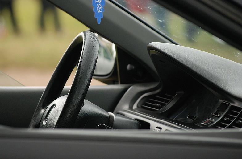 Dlaczego warto spisać umowę najmu samochodu?