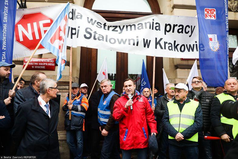 Związkowcy nie chcieli pogodzić się z decyzją o wygaszeniu pieca w krakowskiej hucie. Dzisiejszą decyzję przyjmują z nieukrywanym optymizmem