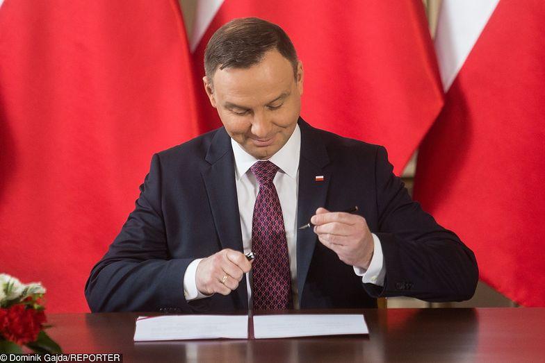 Trzynasta emerytura już przesądzona. Prezydent Andrzej Duda podpisał ustawę