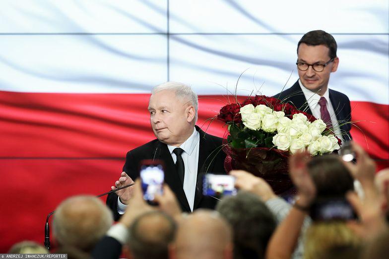 Jarosław Kaczyński mimo zwycięstwa nie popadał w euforię po ogłoszeniu sondażowych wyników wyborów