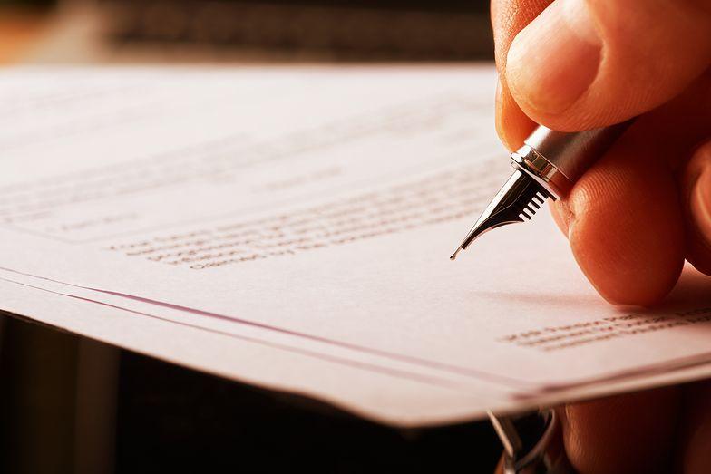 Wypowiedzenie umowy zlecenia może zostać przeprowadzone w dowolnym momencie