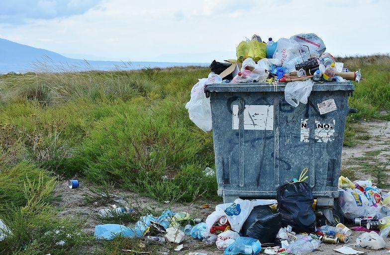 UOKiK o podwyżkach cen za wywóz śmieci. Winny m.in. brak konkurencji