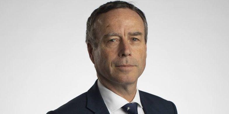 Lionel Barber kierował gazetą Financial Times przez 14 lat. Nie wiadomo, dlaczego nie będzie już dłużej pełnił funkcji