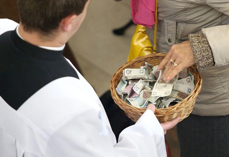 Taca to niejedyne źródło utrzymania Kościoła katolickiego w Polsce.