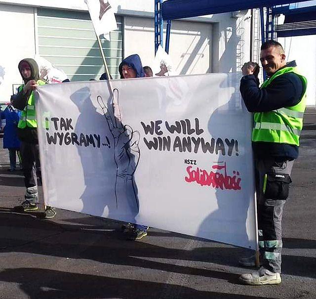 Zdjęcia ze strajku ostrzegawczego dostaliśmy na platformę dziejesie.wp.pl