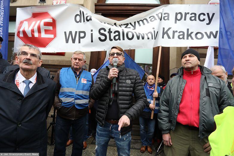 Hutnicy domagali się m.in. wstrzymania decyzji o wygaszeniu wielkiego pieca w Krakowie.