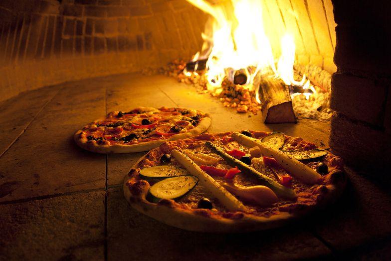 Piec do pizzy na drewno nie obsłuży 500 osób na dobę? Od 1 września będzie bez wyjątku nielegalny.