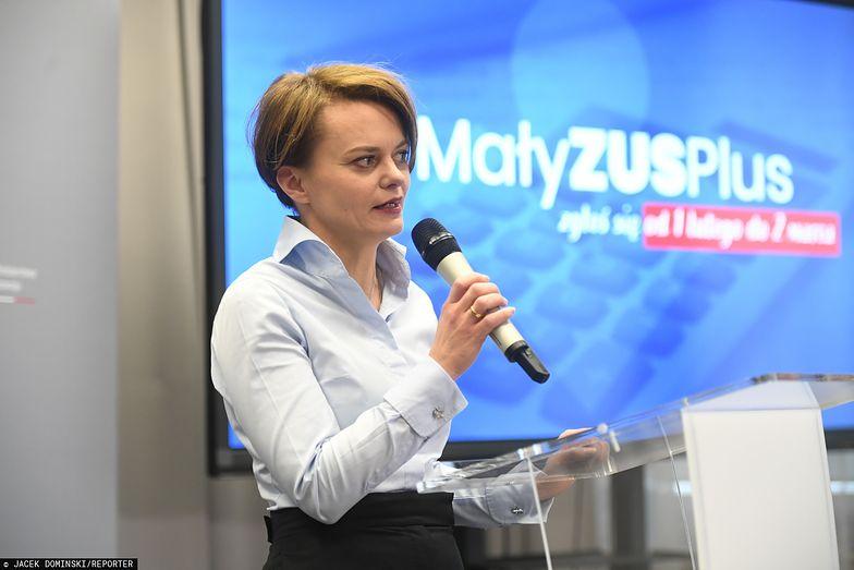 Jadwiga Emilewicz zapewnia, że zmiana w składkach na ZUS nie będzie
