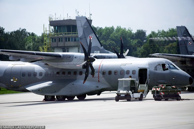 Ivan Manuel Molina Lee został przewieziony do Polski wojskowym samolotem. Złoży zeznania przed prokuraturą.
