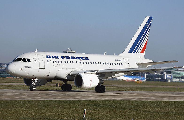 Air France chce obniżyć emisję CO2 poprzez własny program na rzecz zrównoważonego rozwoju.