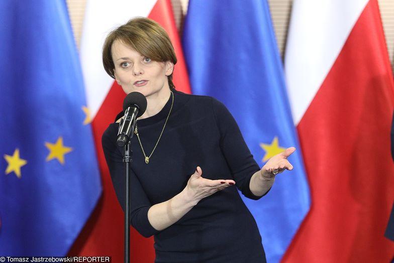 Zakaz handlu nie będzie zmieniony, jeśli badania pokażą,że Polacy odzwyczaili się od zakupów w niedziele