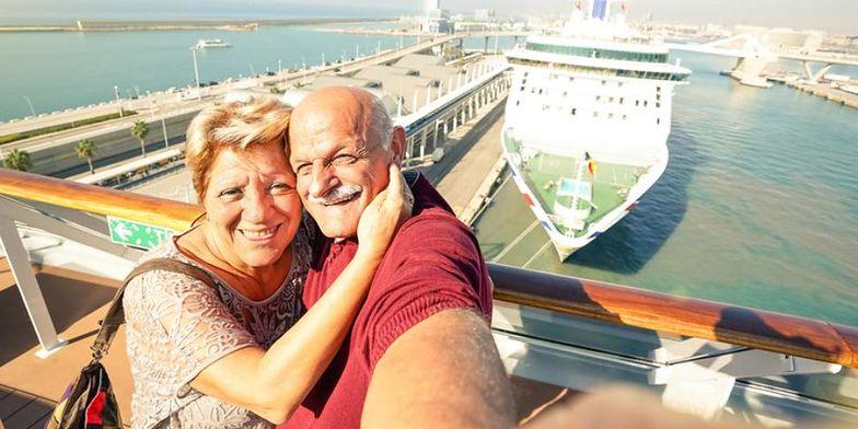 """Polacy z optymizmem patrzą na """"jesień życia.Tylko 33 proc. kojarzy emeryturę z problemami finansowymi"""