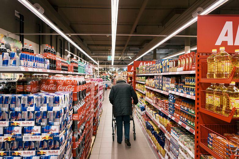 Ceny na półkach sklepowych są coraz wyższe.