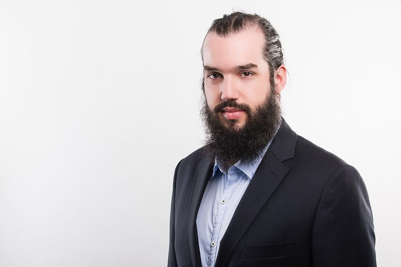 Maciej Przygórzewski, główny analityk w Internetowykantor.pl