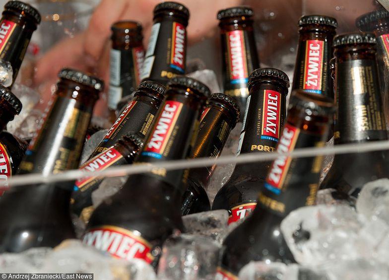 Coraz lepiej sprzedają się piwa premium. Spada sprzedaż tańszych trunków.