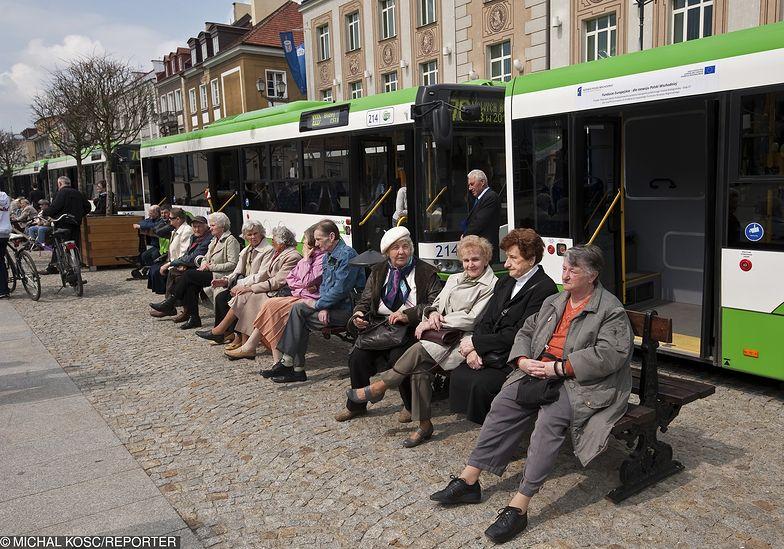 Białostoccy radni PiS chcą, by bezrobotni jeździli autobusami BKM za darmo