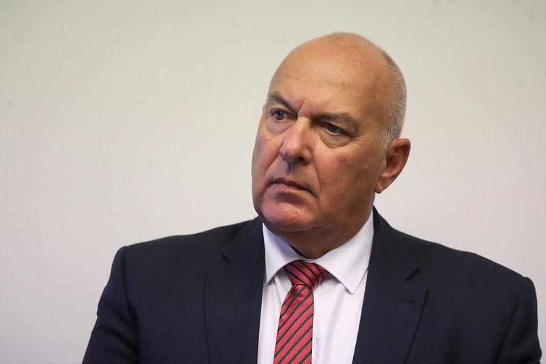 Minister finansów Tadeusz Kościński chciałby wykluczać uciekinierów do rajów podatkowych z zamówień publicznych