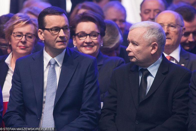 Rząd PiS mocnym uderzeniem rozpoczął kampanię wyborczą.