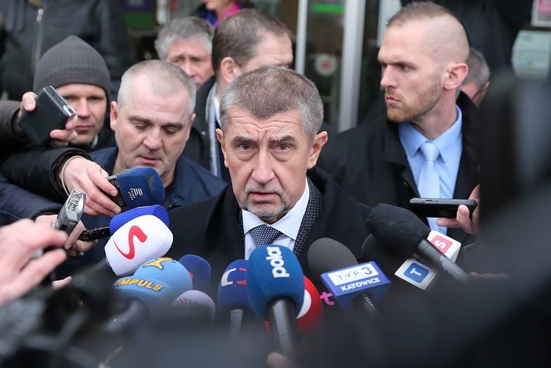 - Nie będziemy tutaj robić różnic - powiedział premier Czech.