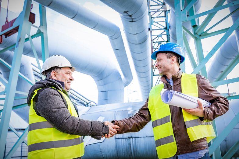 Kontrahent i podwykonawca budowlany pełnią odmienne funkcje w procesie realizacji projektu budowlanego