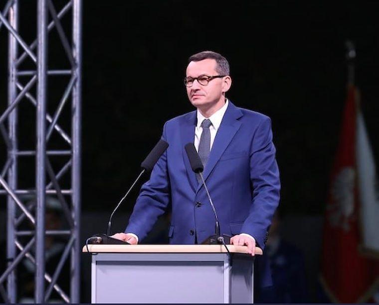 Na konwencji PiS Mateusz Morawiecki powiedział, że idziemy w kierunku liczenia ZUS od dochodu. Minister Emilewicz precyzuje jednak, że dotyczy to tylko najmniejszych firm.