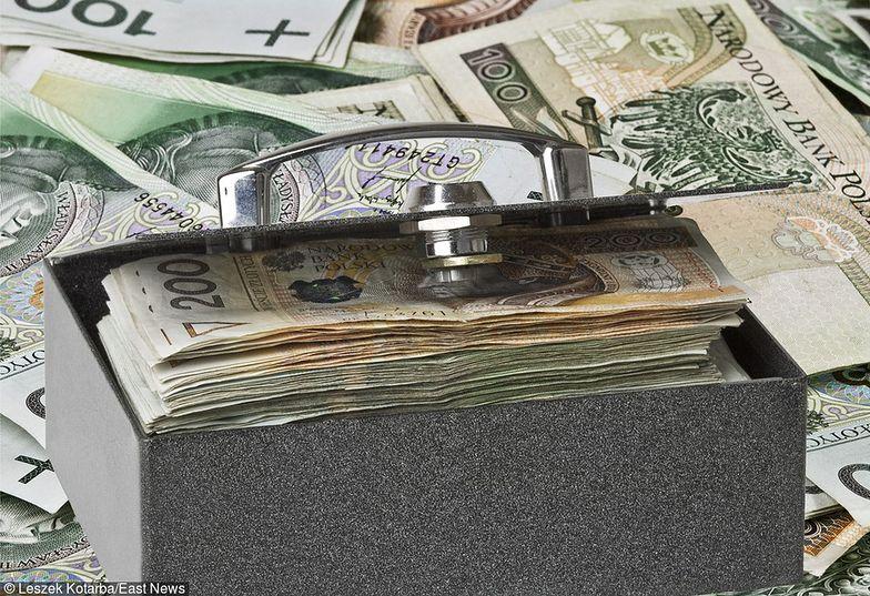 Strumień podatków z branży finansowej do budżetu jest coraz większy