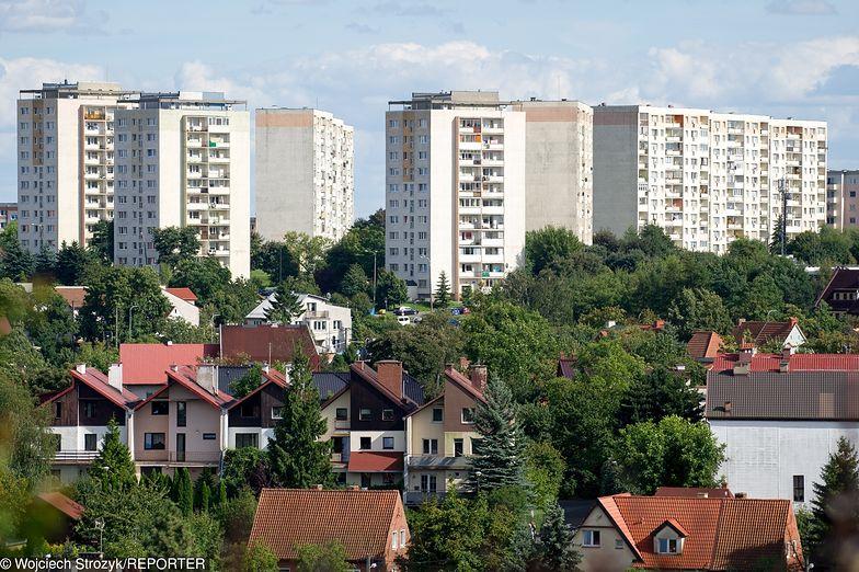 Najem mieszkań. W Warszawie drogo jak w Berlinie, tle że tam zarabiają 2,5 raza więcej