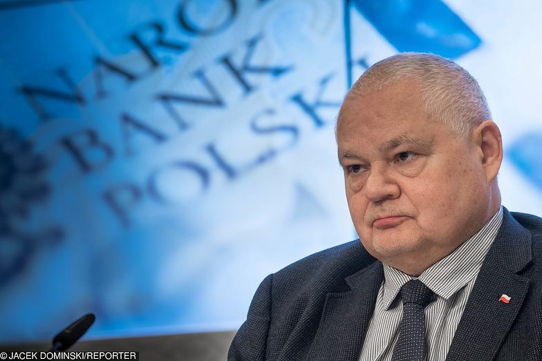 Prezes NBP Adam Glapiński długo nie chciał ujawnić zarobków swoich współpracowniczek