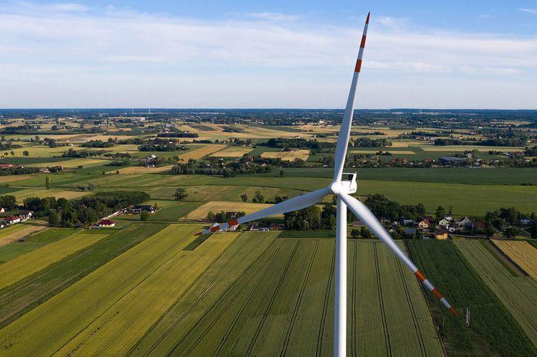 W strefie oddziaływania elektrowni wiatrowych znajduje się 487 gmin, czyli niemal 20 proc. gmin w Polsce.