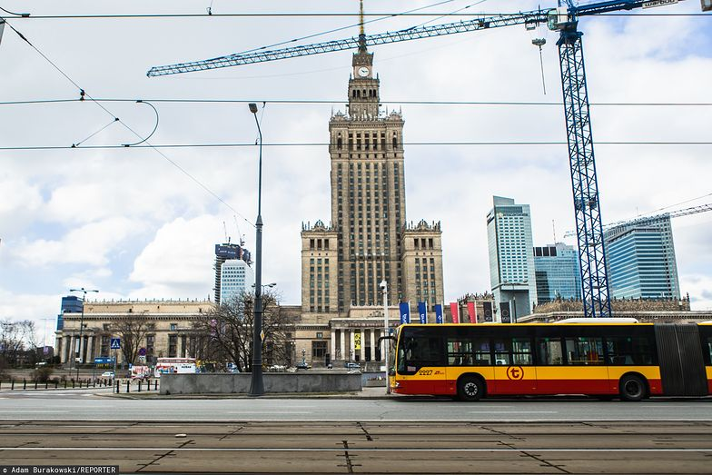 Polska gospodarka zaciąga hamulec.